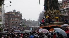 Chariot of rain Rato Machhindranath procession in Patan, Nepal Stock Footage