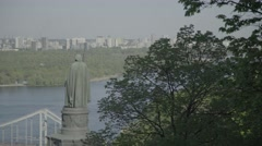 The symbol of Kiev - Vladimir the Great monument Stock Footage