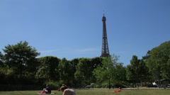 FRANCE, PARIS Eiffel Tower from the park, time-lapse Arkistovideo