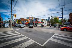 The intersection of Dundas Street West and Huron Street, in Chinatown, Toront Stock Photos