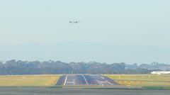 4k timelapse video of airplane taking off and landing at an airport Arkistovideo