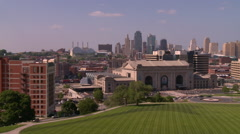 Kansas City Skyline with Union Station pan right Stock Footage