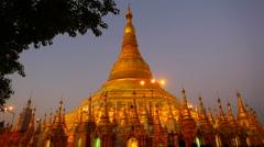Shwedagon Paya pagoda at night, Yangon, Myanmar Stock Footage