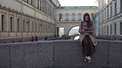 Young caucasian woman travelling in Saint Petersburg. Stock Footage