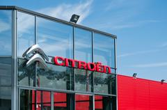 "MULHOUSE - France 18 May 2016 - retail of the logo of the brand ""citroen"" Stock Photos"