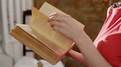 Last readers, fans of the book. RAW video record - stock footage