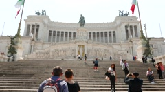People visit the famous Monumento a Vittorio Emanuele in Rome Stock Footage