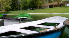 Central city park with lake and boats. Stock Footage