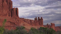 ARCHES NATIONAL PARK, zoom out landscape flora Stock Footage