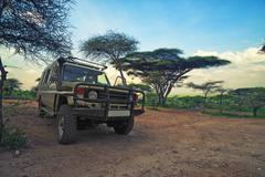 Safari vehicle Kuvituskuvat