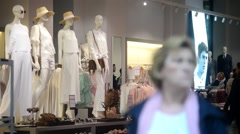 Shopping in Milan, mannequin with clothes in the shop window Stock Footage