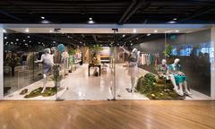 Ladies wear shop at Siam Center, Bangkok City Stock Photos
