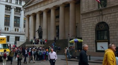 Real time video of Federal Hall in New York. People are walking along the street Stock Footage
