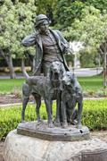 Beverly hills dogs and hunter copper statue Kuvituskuvat