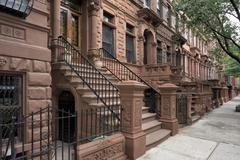 New York houses in Perron in Harlem Stock Photos