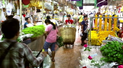 Bangkok Pak Klong Talad flower market baskets Stock Footage