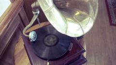 Old retro gramophone. Vintage turntable big needle, vinyl Stock Footage
