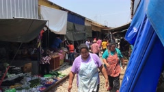 Make way for the train at the Maeklong Railway Market Stock Footage