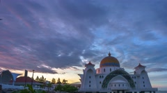 Beautiful Sunrise Over The Straits Mosque, Zoom Out Stock Footage