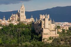 The imposing Gothic Cathedral and the Alcazar of Segovia, Castilla y Leon, Stock Photos