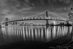 New york manhattan night view from dumbo brooklyn in b&w Stock Photos