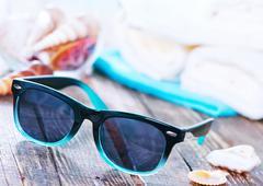 Sun glasses and flip flops Kuvituskuvat
