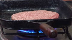 HD - FRYING HAMBURGER 02 Stock Footage