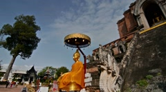 Zoom in of a Buddha in Wat Chiang Mai, Chiang Mai, Thailand Stock Footage