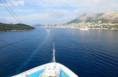 Ship approaching dubrovnik Stock Photos