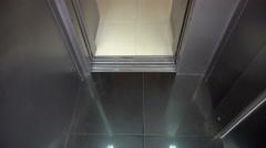 Opening Doors in Modern Elevator Arkistovideo
