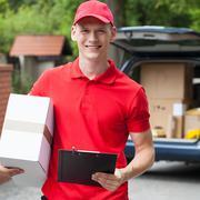 Happy delivery man Kuvituskuvat