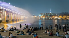 Rainbow fountain show at Banpo Bridge in Seoul, Korea. Stock Footage