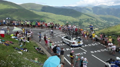 COL DE PEYRESOURDE,FRANCE-JUL 23, 2014: Tom Dumoulin on Col de Peyresourde Stock Footage