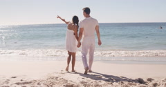 Couple walking together Stock Footage