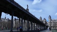 Train on the Bir Hakeim bridge in Paris Stock Footage