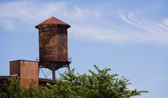 Old Rusted Rooftop Water Tower Urban Industrial Architecture Stock Photos
