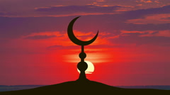The Islam symbol against the background of the sun. Time lapse - stock footage