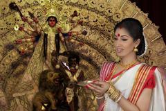 Bengali woman with diya Stock Photos