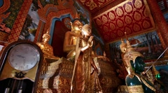 Buddhas in Wat Thung Yung temple in Chiang Mai. Zoom in. Stock Footage