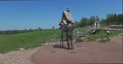 A monument to the painter Levitan. Plyos Stock Footage
