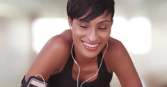 Athletic healthy black woman resting during workout in gym Stock Footage