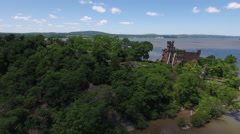 Bannerman Castle Pollepel Island distant steady Stock Footage