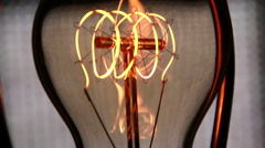 Vintage filament light bulb power on and off Arkistovideo