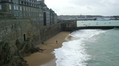View of City wall and beach of Saint-Malo Stock Footage