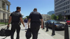 Tourism and security in Washington DC - visitor and secret service Stock Footage