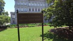 Camera jib shot of Eisenhower Office beside the White House in Washington Stock Footage