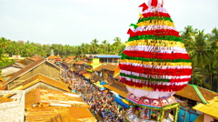 Chariot Going To Lakshmi Venkatraman Temple at Sivaratri Festival in Gokarna Stock Footage