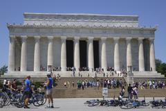 WASHINGTON, D.C. - JUNE 9: Tourists visiting Lincoln memorial - stock photo
