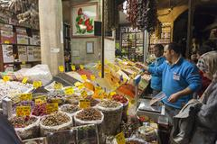 People shopping in the Spice Bazaar, Istanbul Stock Photos