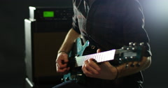Close Up Of Man Playing Electric Guitar Shot On R3D Arkistovideo
